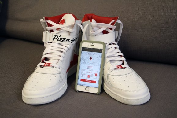 Image of Pizza Hut Pie Tops Shoes